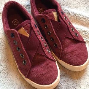 Cat & Jack maroon slip on sneakers size 10 EUC